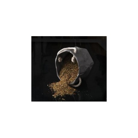 Finas Hierbas en tarro de cristal 30 grs tapa negra