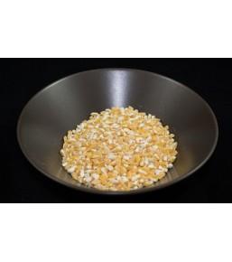 Maiz trillado amarillo
