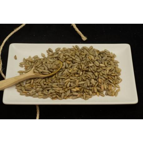 Pipas de girasol peladas y fritas a granel
